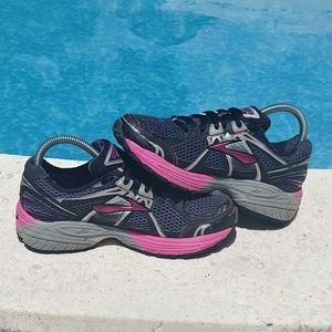 Brooks Adrenaline GTS 12 running shoes